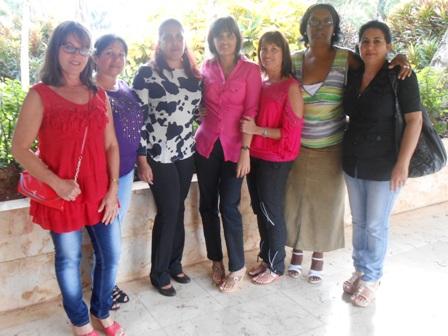 Trabajadoras de  Camoa.jpg - 126.01 KB